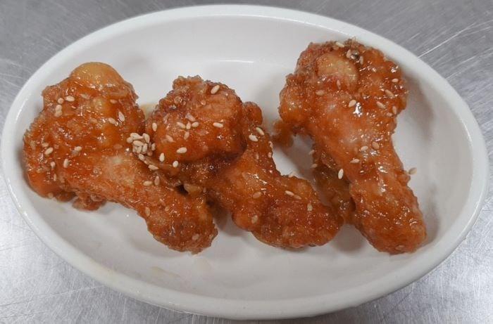 07월 16일 (금) 석식 제공 - 닭봉튀김
