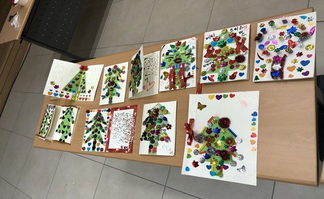우리 환자분들께서 미술치료 프로그램에 참여하셔서 완성하신 작품